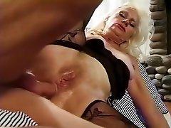 Big Butt Facesitting Tube